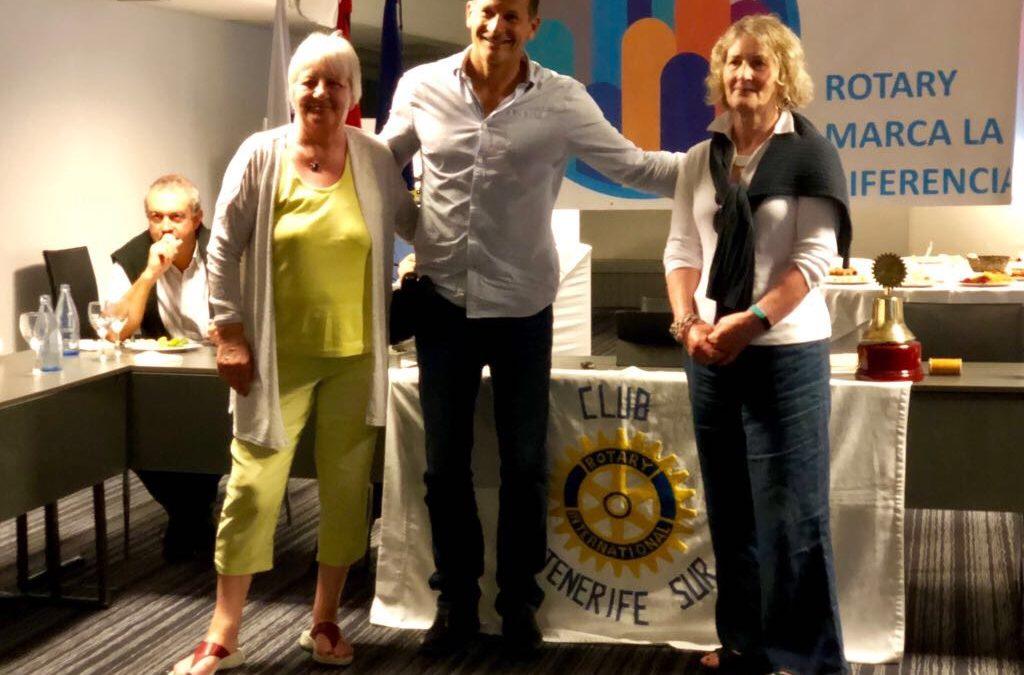 Visita de la compañera rotaria Margaret Kennedy del Club Escocés de Pontlether