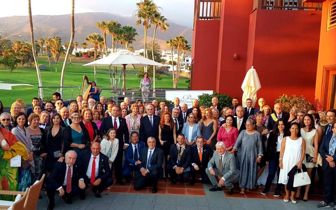 Ceremonia de Cesión del Collar Presidencial del Rotary Club Tenerife Sur