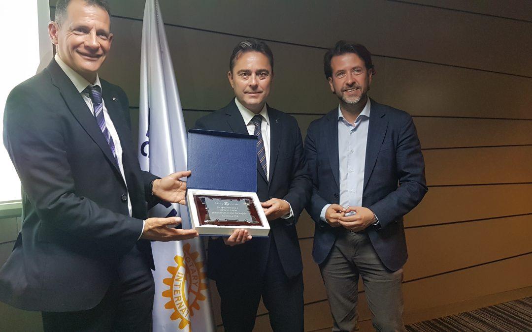 El Cabildo de Tenerife y Rotary Club Tenerife Sur  agradecen el apoyo de Iberostar Hoteles
