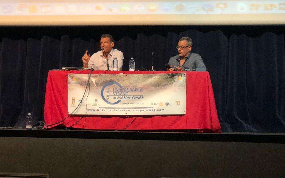 Nuestro Past President Pedro Ripol imparte una master class en el Camp Rotario de Mas Palomas en Gran Canaria