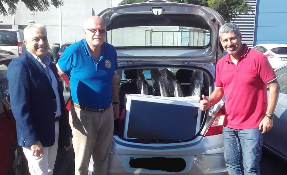 Los Clubes rotarios de  Tenerife Sur y Ramblas, en colaboración con la cadena Iberostar Hoteles, entregan 10 televisores al Proyecto Signo de Vida
