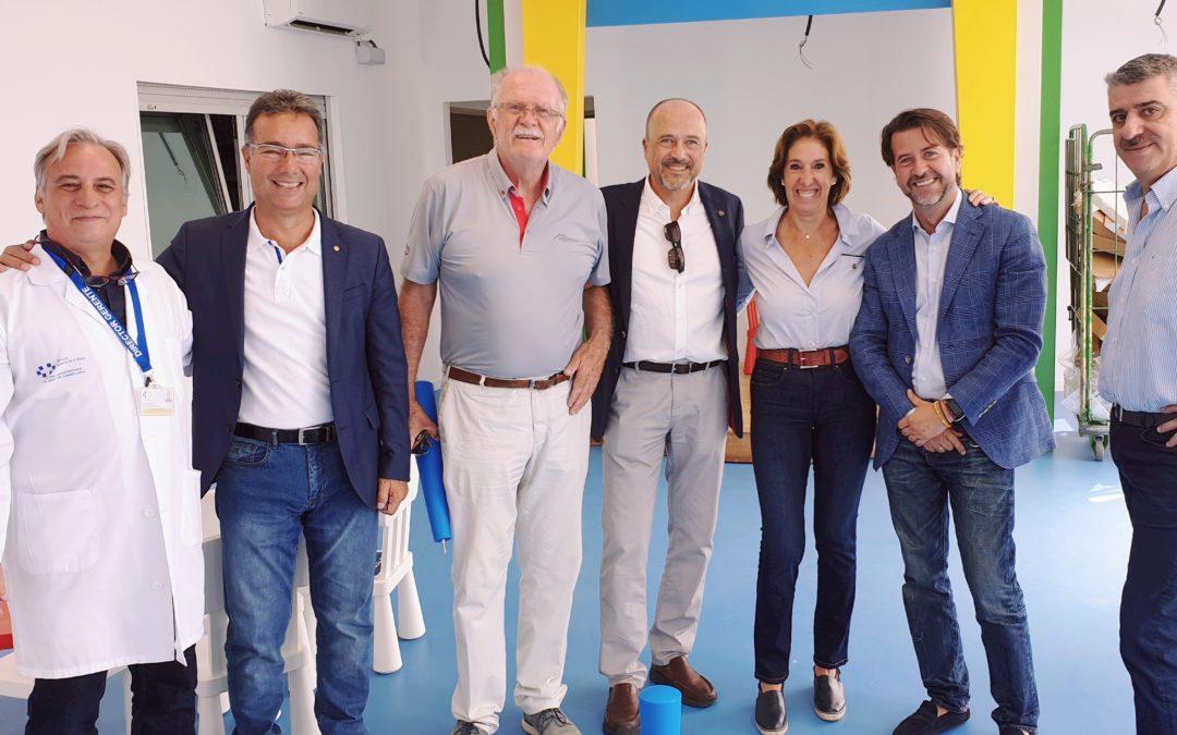 Los Rotarios de Tenerife visitan con el presidente del Cabildo las obras de «La Escuelita» en el Hospital de La Candelaria