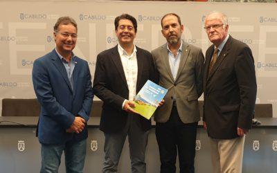 El presidente del comité organizador del 45 Campeonato Europeo de Golf Rotary se reúne con Pedro Martín, presidente del Cabildo de Tenerife.