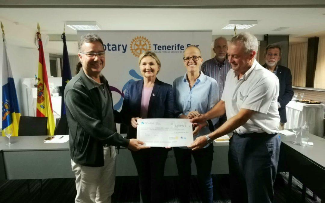 Rotary Club Tenerife Sur dona 2.218,92 euros a la Fundación Carrera por la Vida para la lucha contra el cáncer.