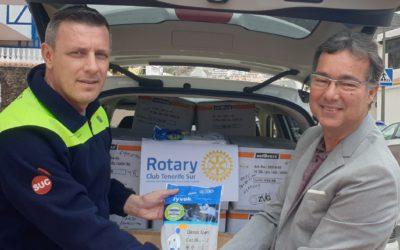 Los Rotarios del Sur de  Tenerife aportan material de protección personal para las ambulancias de urgencias.