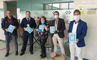 Los Rotarios de Tenerife entregan 15 tablet para las UCI del Hospital Universitario de Canarias.