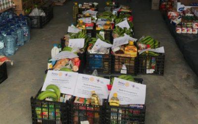 Rotary Club Tenerife Sur reparte alimentos de emergencia a domicilio los martes y jueves de cada semana