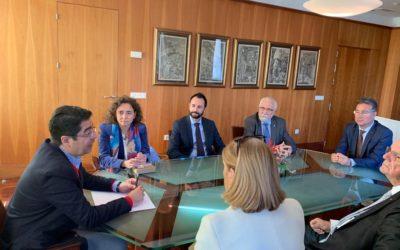 Los rotarios de Tenerife se reúnen con el presidente del Cabildo de la isla, Pedro Martín