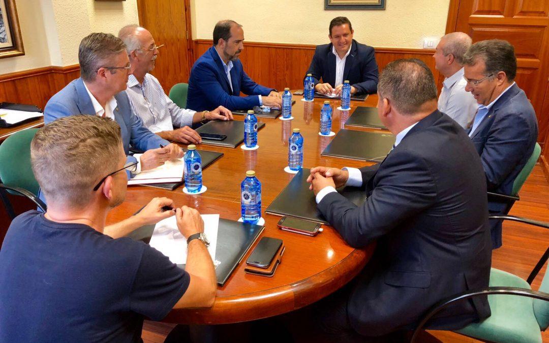 Alcalde de Arona recibe a la Directiva del Rotary Club Tenerife Sur