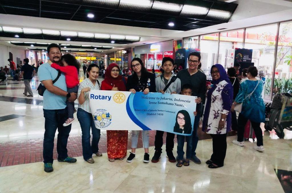 Nuestras estudiantes de intercambio llegaron hoy a sus países de acogida